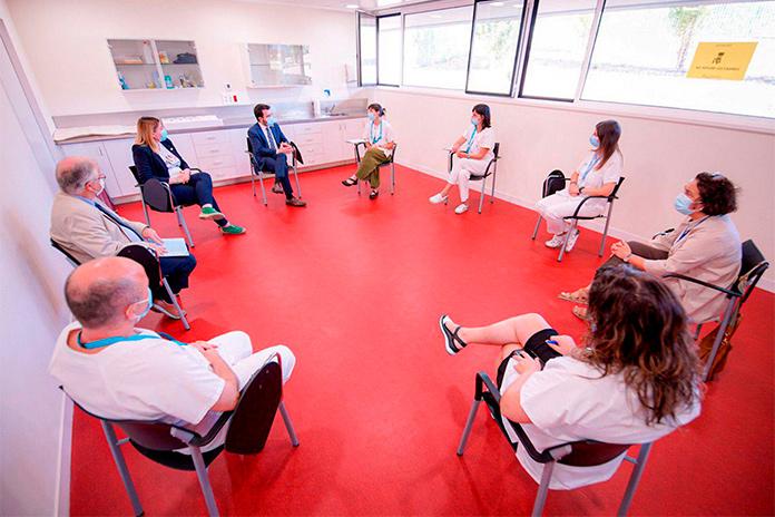 Reunió de treball president Aragonés amb personal sanitari de Figueres