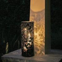Lanterna de metal da Notneutral