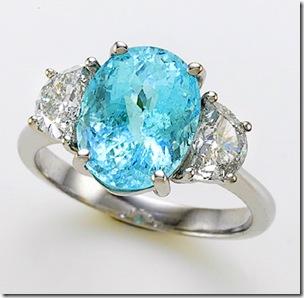 A Turmalina Paraíba é a pedra preciosa desse anel