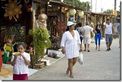 turistas-praia-jacare