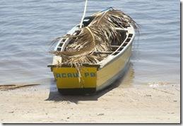 Barco de marisqueira em Acaú, Paraíba