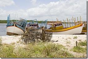Barcos de pesca da lagosta em Acaú
