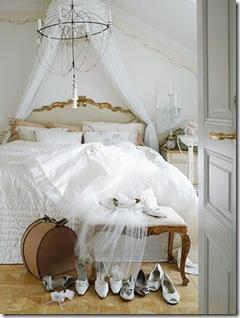 Quarto bem romântico com mosquiteiro