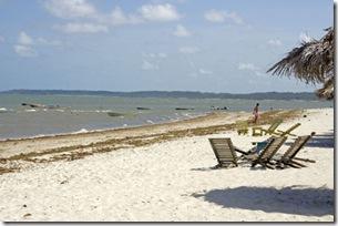 Praia de Acaú na maré alta