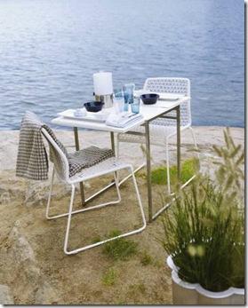 Simples, moderno, mas com uma linda vista do mar garantida para desfrutar