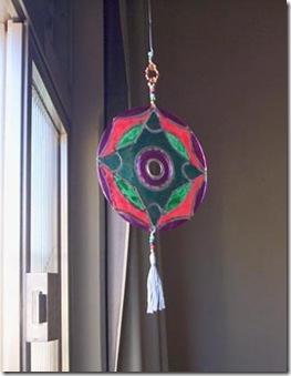 Mandala de CD, a reciclagem transforma a peça