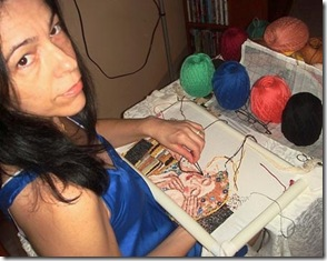 Sandra Bessi bordando Klint