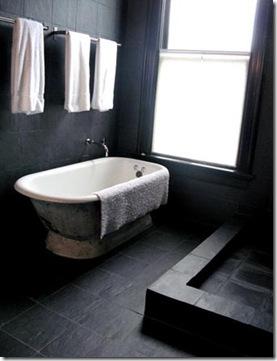 Minimalista totalmente introspectivo o banheiro em preto