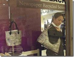 Bolsas de Colin Lin, de jornal reciclado