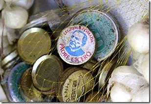Pomadas canforadas em embalagens antigas