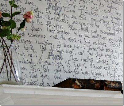 O poema predileto compartilhado com seus amigos na parede da sala de estar