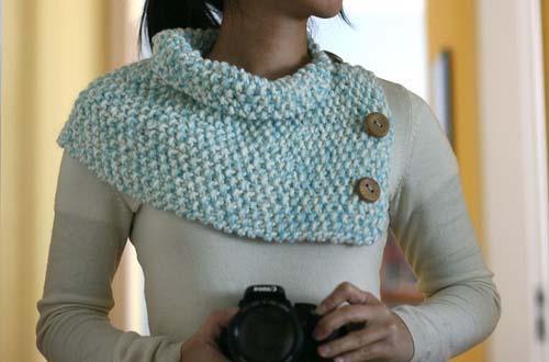 Golona de tricô com detalhe de botões de madeira da Superziper