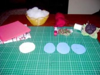 Recorte os moldes no papel