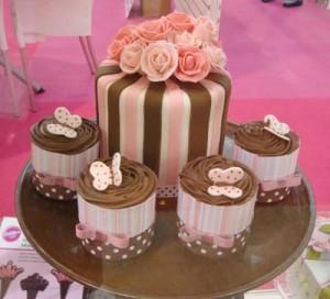 Material importado para fazer cupcakes na Mega Artesanal