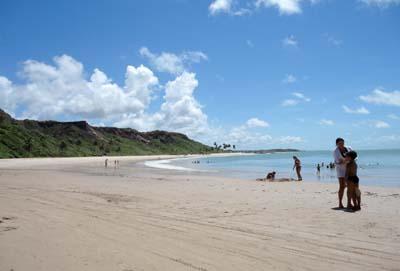 Tranquilidade da Praia de Coqueirinho na Paraíba