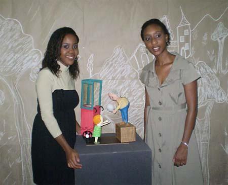 Liliane e Simone Santiago, artistas do papel maché