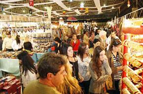Salão da feira Mãos e Arte em Londrina