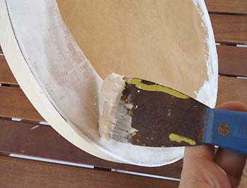 Passe massa acrílica para cobrir os defeitos da madeira