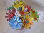 Ramalhete de flores da Maria Carm Gori em garrafas pet