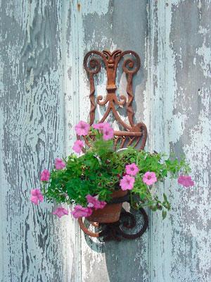 Suporte de parede para vasos antigo