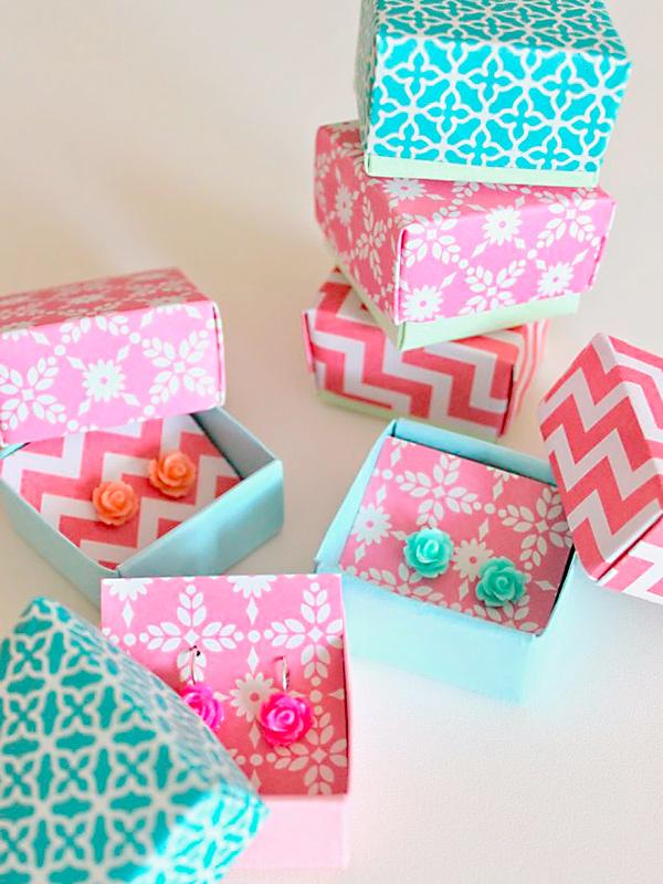 Caixinha de presente para bijus e jóias