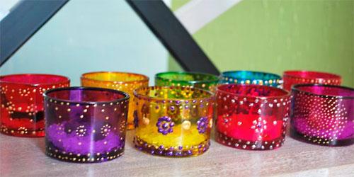 Potinhos de vidro decorados para castiçais