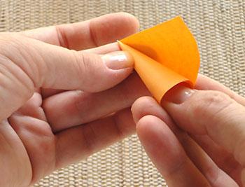 Enrole o semi-circulo em torno do seu dedão