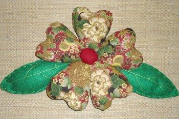 Flor de tecido recheada e fofinha
