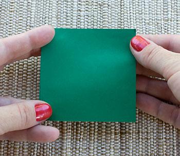 Comece com um quadrado de papel