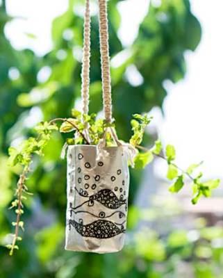 Vaso suspenso para a hortelã