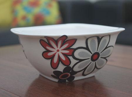 Tigela de porcelana customizada com tecido