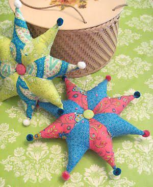 Almofadas de estrela com várias pontas para decorar de forma estilosa
