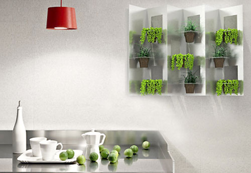 Jardim vertical com produtos reciclados e recicláveis