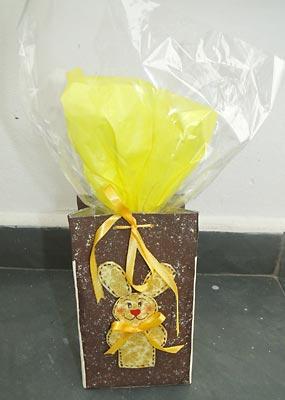 Reciclagem na sacola de páscoa