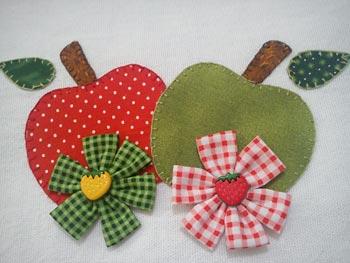 Patchcolagem de maçãs para os paninhos de prato