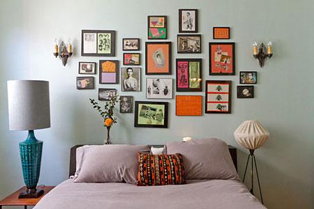Conjunto de molduras decoram a cabeceira da cama