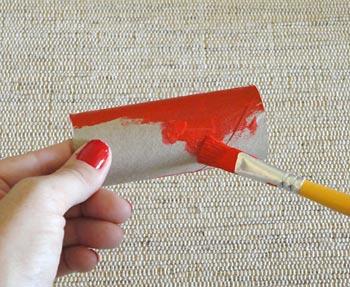 Pinte os rolinhos de papel higiênico