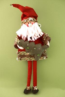 Boneco do Papai Noel enfeita a casa no natal