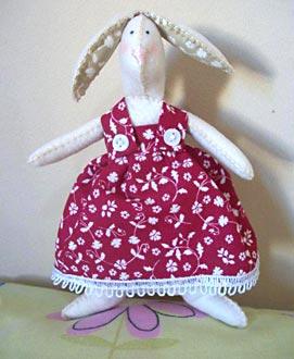 Coelha Tilda, em tecido