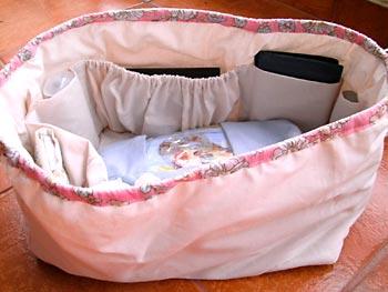 Organizador de bolsa com compartimentos em elástico