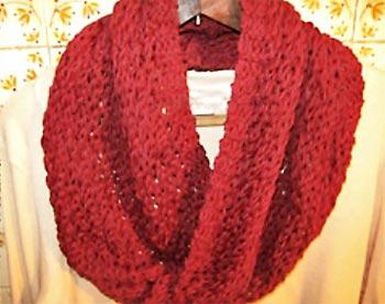 Gola estilo manta em tricô