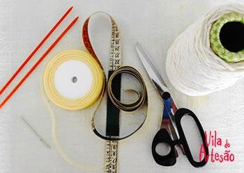 Material para fazer os colares