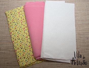 Separe tecidos para almofada
