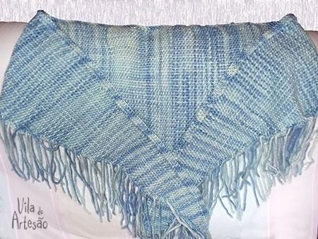 Xale em lã natural feito em tear