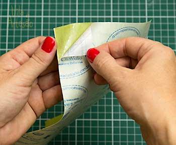 Retire o papel protetor
