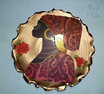 Quadros feitos sobre discos de vinil