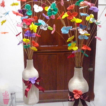 Flores longas de fuxico