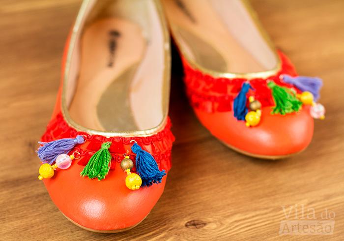 Par de sapatilhas customizada