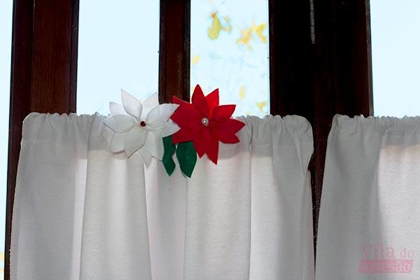 Enfeite para cortina flor do natal