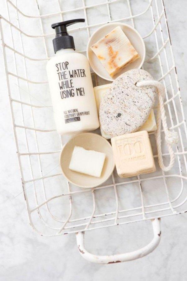 Coloque todos seus sabonetes de skin care juntos